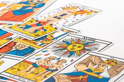 Tarot-Cards_400x265
